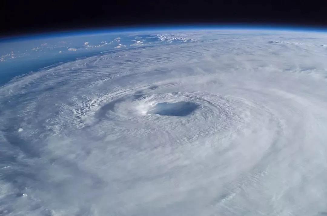 虹吸排水抵御8号台风范斯高的强降雨